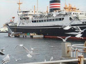 結婚式は横浜の「幸運の船」氷川丸